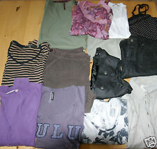 LOT DE VETEMENTS T44 M&S, YESSICA, WRANGLER, RDIAL LUXURY, LULU CASTAGNETTE,...