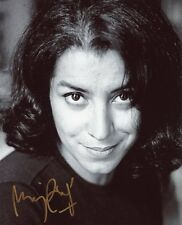 AUTOGRAPHE SUR PHOTO 20 x 25 de Marjane SATRAPI (signed in person)