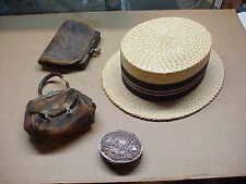 #523 LOT 4 1920S ORIGINAL STRAW HAT & LEATHER PURSES WITH COMPACT