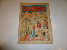 DEBBIE Comic - Issue 92 - Date 16/11/1974 - UK Paper Comic