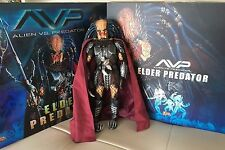 "Hot Toys AVP "" ELDER PREDATOR "" 1/6 Scale Collectible Figure COMPLETE in BOXES"