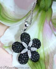 Feminin: Schwarz/Weiss Diamanten Anhänger im Blumendesign, 0,75 cts. WG585 1200€
