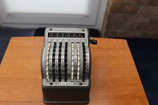 "VINTAGE ADDING MACHINE - ""COUNTESS "" A BOWLER PRODUCT - IN WORKING ORDER !!"