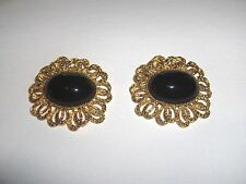 VINTAGE MUSI SHOE CLIPS SIMULATED FAUX BLACK ONYX BRIGHT GOLDTONE FILIGREE