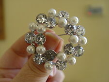 ROUND FAUX PEARL & DIAMONTE BROOCH - lots of sparkles