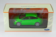 Minichamps 1/43 Ford Focus RS Ultimate Green Metallic Dealer Box Limited