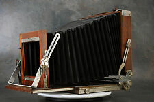 - Deardorff 8x10 Camera Body w 4x5 Reducing Back