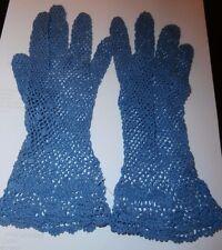 PAIR QUALITY VINTAGE BLUE COTTON LACE LADIES GLOVES ~ size 6 1/2-7