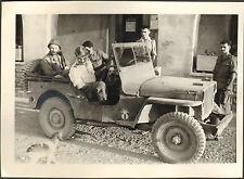 ALGERIE ROVIGO BOUGARA PHOTO JEEP DANS FERME VEHICULE MILITAIRE 1956