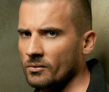 Dominic Purcell UNSIGNED photo - B1053 - SEXY!!!!!