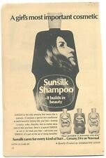INDIA VINTAGE PIC AD GIRL SHOWING IN PERFUMED SUNSILK SHAMPOO BOTTLE #1467