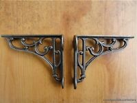 A PAIR OF SMALL CLASSIC VICTORIAN SCROLL SHELF BRACKETS 4 INCH BRACKET CAST IRON