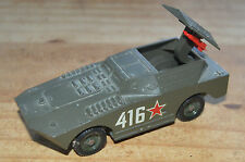 Blindé BTR soviétique, vieux 1/43 Solido, très bon état mais manquent 2 missiles