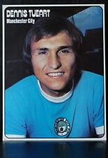 FOOTBALL PLAYER PICTURE DENNIS TUEART MANCHESTER CITY SHOOT