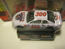 1998 Tim Flock Special Salute Driven by Darrell Waltrip ( No Monkey ) 1:64 300