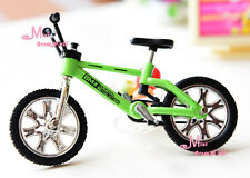 Green Toy Bicycle Bike 1/12 Dollhouse Miniature Quality