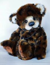 Carey ~ OOAK bear by Silvia Gilles