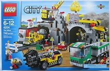 LEGO City The Mine 4204 Boys Gold Crane Truck Drill Train Conveyor 2012 NIB NEW