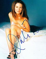 JULIANNE MOORE SIGNED 8X10 PHOTO AUTHENTIC AUTOGRAPH HOT SEXY COA
