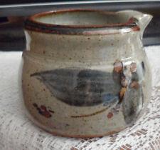 Studio Pottery Brocca. contrassegnato JD, Grigio Blu & Brown 7.5 cm di altezza. in buonissima condizione
