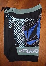 Volcom size 32 Black Blue Pink Boardshorts Swim Trunks Surf Beach Skate Summer