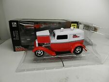 Racing Champions #74 Hot Rod Magazine 1:24 '32 Ford Sedan Delivery Diecast 1932