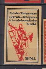 Ancienne    étiquette  allumettes  Tchécoslovaquie  AC130 Pompier