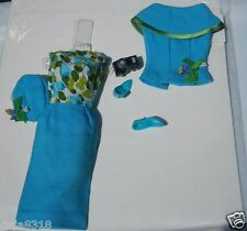 Vintage Barbie Doll Fashion Editor #1635 Outfit Complete Original Beautiful