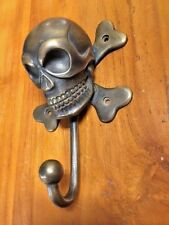 Bronze Pirate Skull Cross Bones Head Statue Sculpture Figure Metal Wall Hook