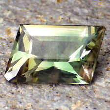 GREEN DICHROIC SCHILLER OREGON SUNSTONE 4.08Ct FLAWLESS-FOR JEWELRY-RARE