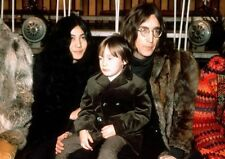 JOHN LENNON & YOKO ONO UNSIGNED PHOTO - 5038