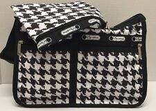 NWT LeSportsac Deluxe Everyday Bag WITH MATCHING POUCH Crossbody Chic Noir Black