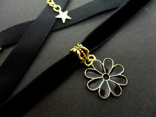 A LADIES GIRLS 10MM BLACK VELVET & GOLD  FLOWER CHARM CHOKER NECKLACE . NEW.