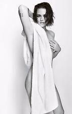 5 X Sexy Kristen Stewart topless A4 Fotos