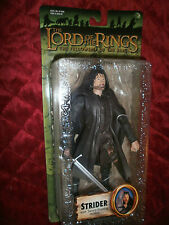 LORD OF THE RINGS STRIDER sword slashing THE FELLOWSHIP OF THE RING FIGURE