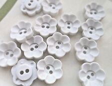 80pcs Button Daisy Flower (3) Craft Sewing Appliques White 15mm