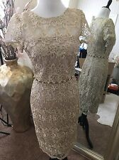 David Meister Gold Lace Dress w/Detailed Beading Size 4 NWT