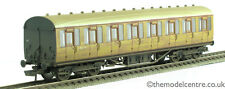 TMC Hornby R4574 LNER Thompson Suburban 3rd Class Coach 87013 Weathered