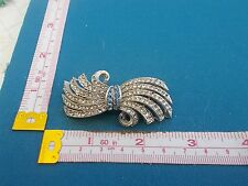 VINTAGE ART DECO JEWELLERY PAIR OF DIAMANTE  DRESS CLIPS DUETTE SIGNED WITH AR
