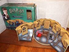 RARE Harry Potter Room of Requirement figure toy playset Cho Chang noticeboard