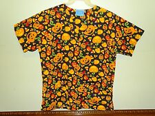 SCRUB TOP HALLOWEEN THEME WITH PUMPKINS THE SCRUB CO. SIZE M NURSE, DR., TECH