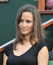 Pippa Middleton UNSIGNED photo - D1791 - English socialite, author and columnist