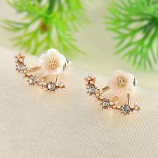 Cute Crystal Rhinestone Ear Stud Daisy Flower Earrings Women Fashion Jewelry