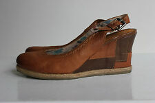 MJUS BY AIRSTEP Traum Braun Echtleder Wedge Sandals, Gr. 38, Top Zustand!