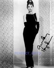 AUDREY HEPBURN BREAKFAST AT TIFFANYS SIGNED 10X8 REPRO PHOTO PRINT
