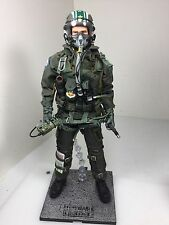 1/6 BBI ELITE FORCE USAF F-22 RAPTOR FIGHTER PILOT W/BASE GEAR DID DRAGON RC