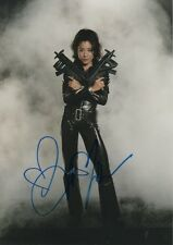 "Michelle Yeoh ""James Bond"" Autogramm signed 20x30 cm Bild"