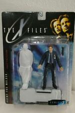 The X-Files Agent Fox Mulder & Corpse 1998 Action Figure by McFarlane Toys NIB
