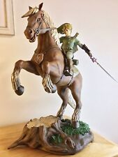 Link on Epona Statue / Zelda / Nintendo / Collectible / First4figures