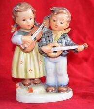 Rare hummel goebel happy days boy & girl banjo guitare inhabituel bee mark
